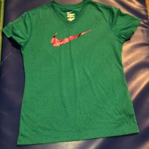Never Worn dry-fit Nike Tee